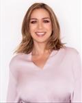 Photo of Valerie De La Rosa