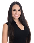 Photo of Vannessa Uribe