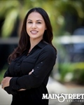 Photo of Nicole Mata | REALTOR
