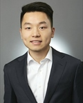 Photo of Yong Lin